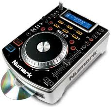NUMARK NDX400 CD PLAYER WITH SCRATCH